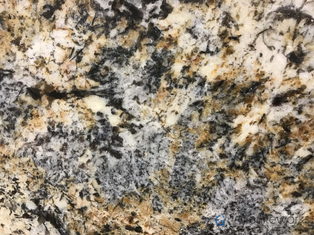 Granite – Caravelas Gold close-min